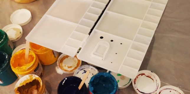 Folding watercolor Mixing Tray